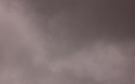 nublado rojizo